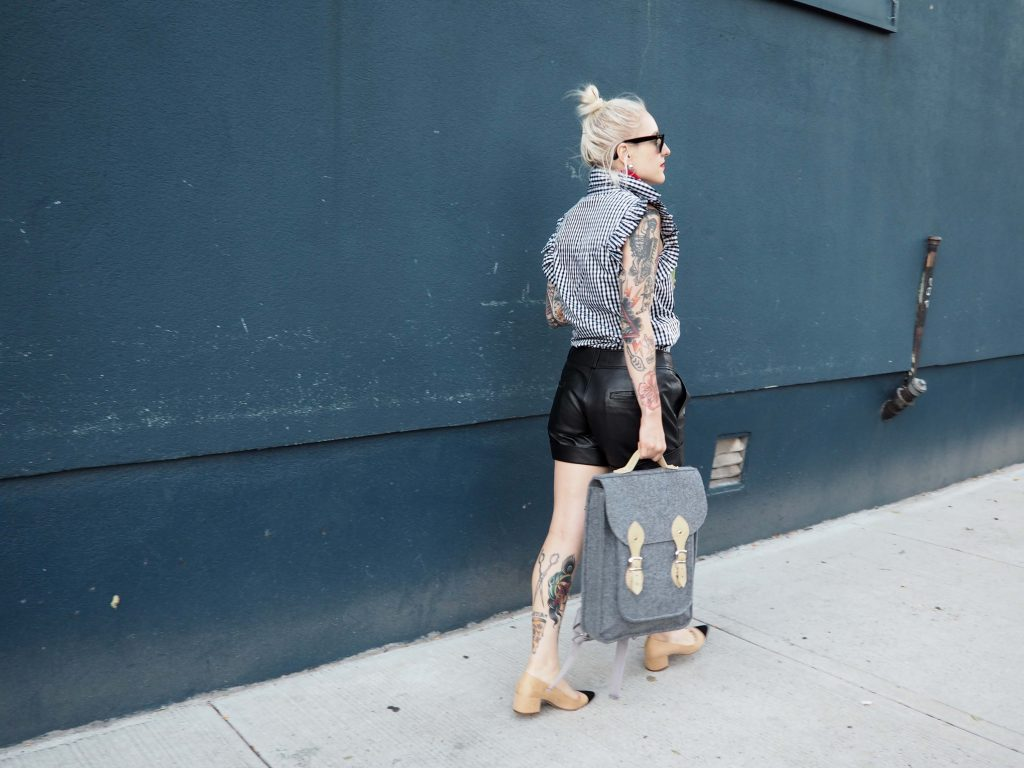A Slice of Life of a Designer: Rocking my new favorite laptop backpack