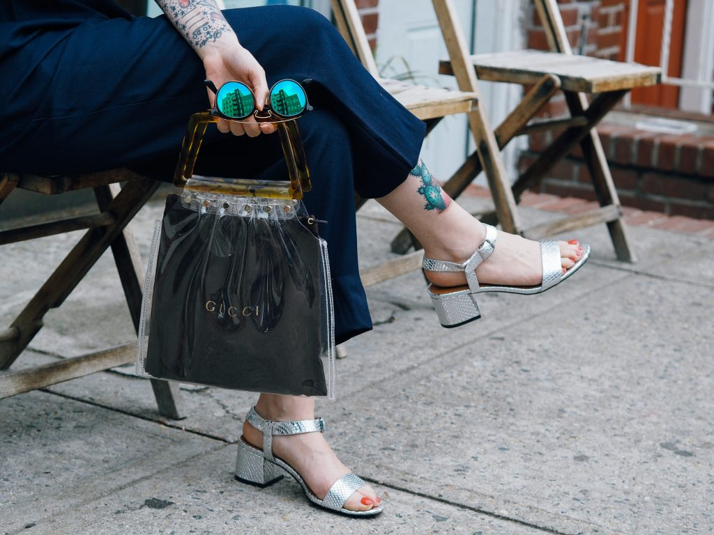 Spring trend: translucent accessories