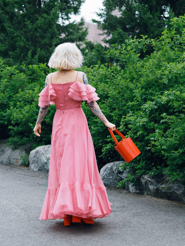 Senior prom dreaming in this bubblegum ruffled princess dress